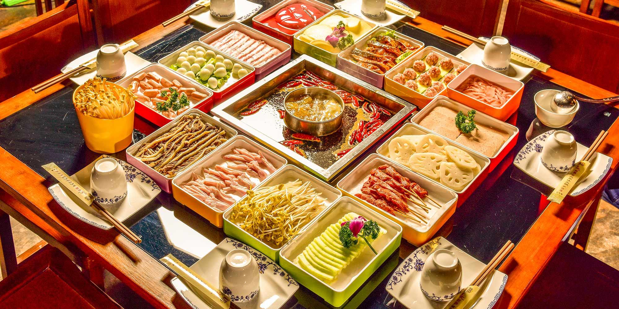 """中国火锅地图:一年""""吃""""掉4800亿元!每100家餐饮店中有4家是火锅店!"""